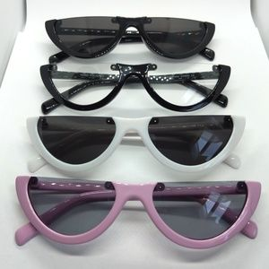 Accessories - Nwt Half Frame Trendy Sunnies